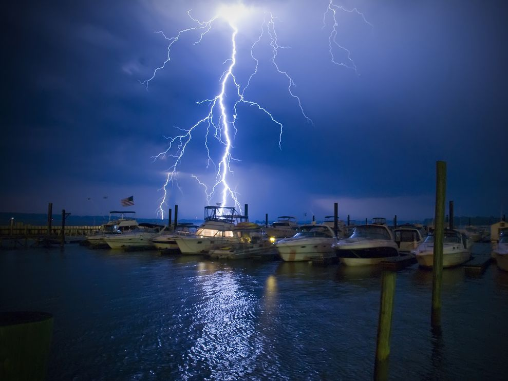 Lightning is one of the cons of living aboard