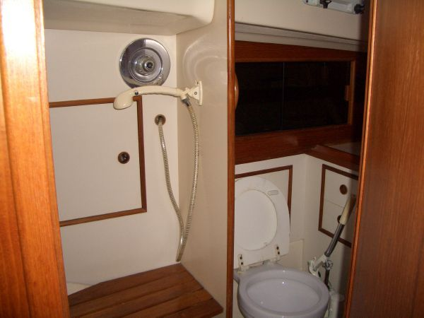 Liveaboard Bathroom Needs To Be Large Enough