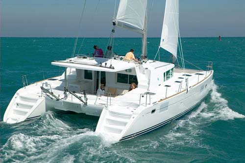 Pick a Type of Boat That's Right For Your Liveaboard Lifestyle