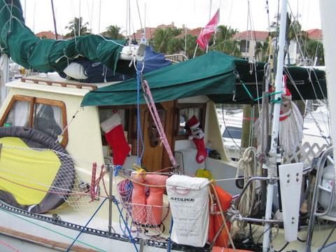 Liveaboard Boat at Burnt Store Marina